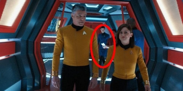 Star Trek Sneaked a Fan-Favorite, Classic Starfleet Uniform Into Short Treks