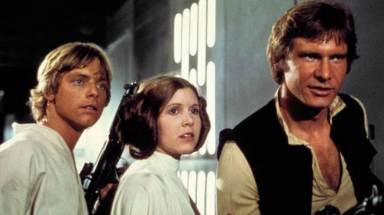 Mark Hamill Shares Fan's Reaction to Star Wars Trailer, Reveals He Used to Argue with Carrie Fisher and Harrison Ford on Set