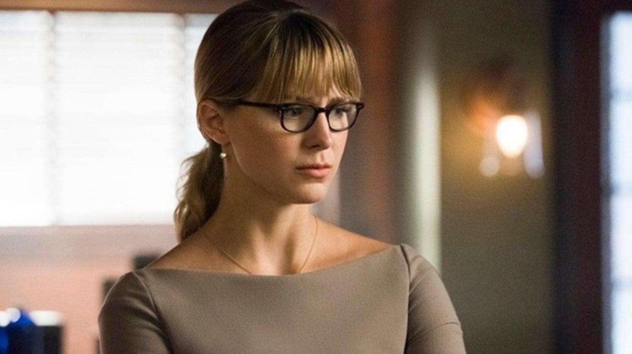 Supergirl Season 5 Clip Takes Aim at Clickbait Media