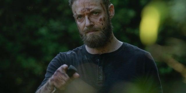 The Walking Dead: Negan Provokes Aaron in 10x03 Sneak Peek