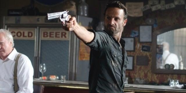 The Walking Dead Season 2 Seemingly Set Up Third Walking Dead Series