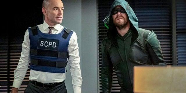 "Arrow: Paul Blackthorne Returns as Quentin Lance in ""Reset"" Photos"
