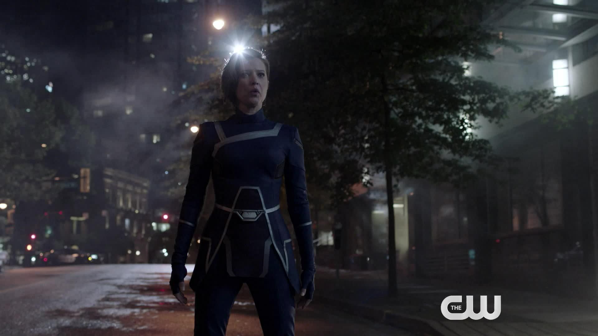Batwoman: Crisis on Infinite Earths TV Spot screen capture