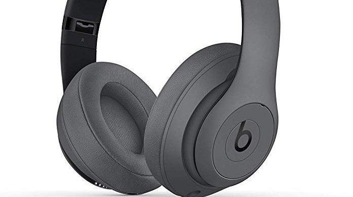 beats-studio3-headphones-top-2
