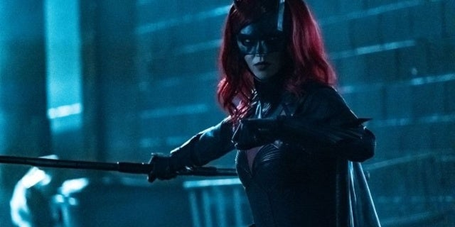 "Batwoman: ""A Mad Tea-Party"" Comes to Gotham in Midseason Finale Photos"
