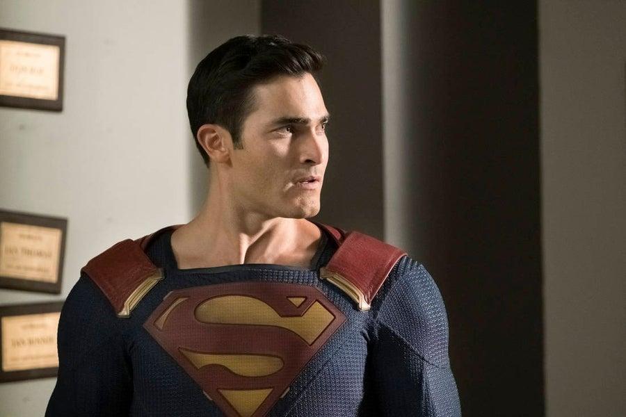 crisis superman tyler hoechlin