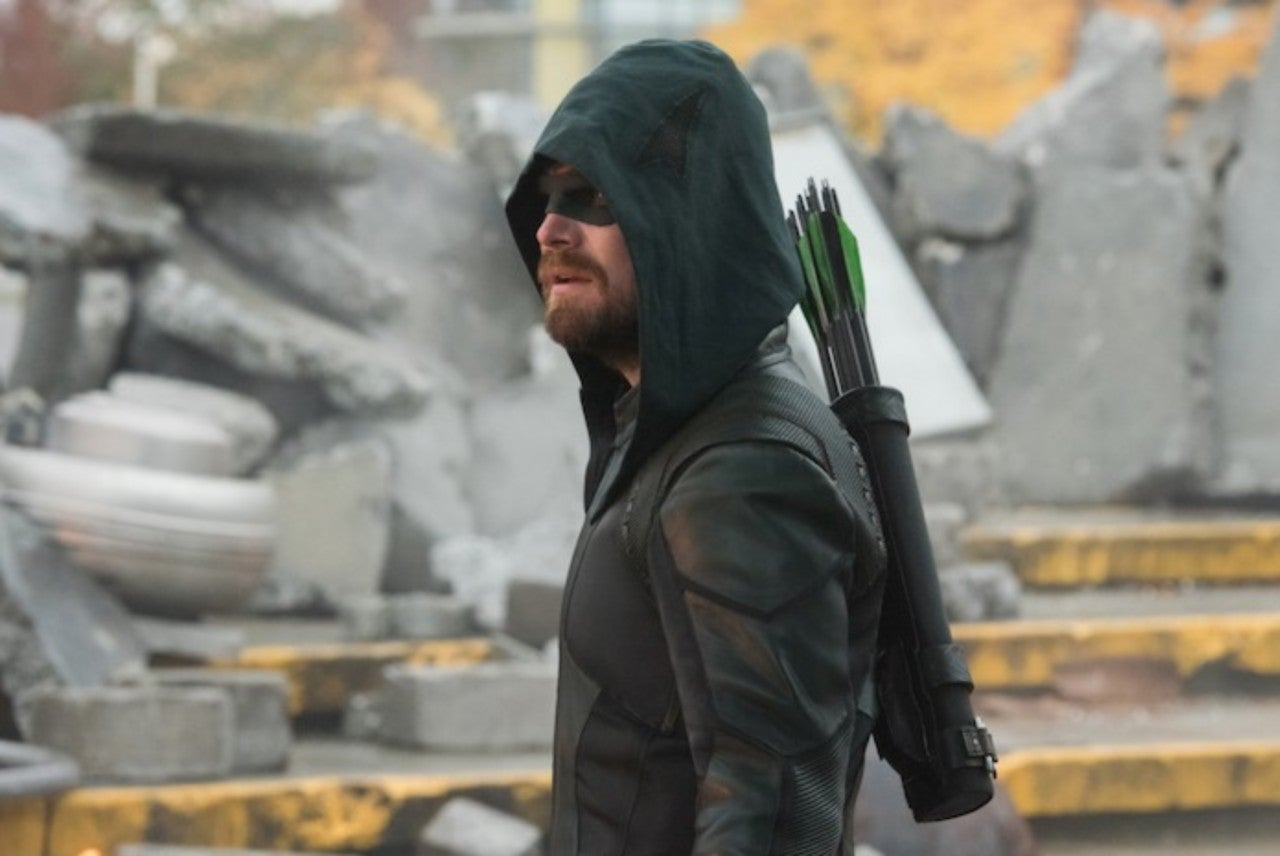 Stephen Amell Finally Reveals Mystery Character in Crisis on Infinite Earths