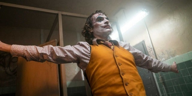 Joker Director Todd Phillips Knows What's Real and What Arthur Imagined, But He's Not Telling