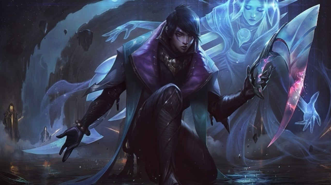 League of Legends Players Are Already Creating Tons of Aphelios Fan Art