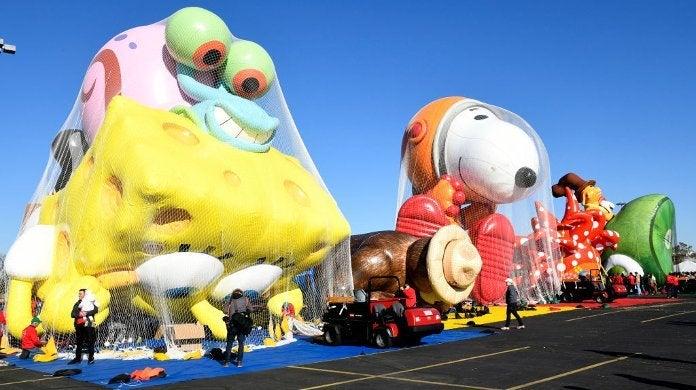 Macy's Thanksgiving Day Parade Spongebob Squarepants Astronaut Snoopy