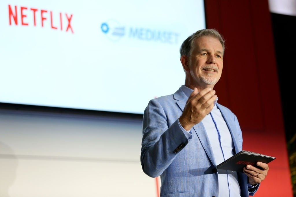 """reed rush netflix """"title ="""" reed rush netflix """"height ="""" 683 """"width ="""" 1024 """"data item ="""" 1195010 """"/>    <figcaption> (Photo: Ernesto S. Ruscio / Getty Images / Netflix) [19659002] Reed Hastings has helped take Netflix from a mail order DVD service and made it the most prominent direct-to-consumer platform in the world. As a pioneer in video streaming, he may know a thing or two about the upcoming SVOD market saturation many call """"The Streaming Wars."""" Hastings was available at the New York Times DealBook conference this week, revealing he doesn't think the success of a streaming platform should be measured by subscribers. how much time people spend on the platform. </p> <p>  """"Time will be the real competition,"""" said Hastings (via CNBC). """"You will hear some subscriber numbers, but you can just pack things so it will not be that relevant. So the real measurement is time ̵<div class="""