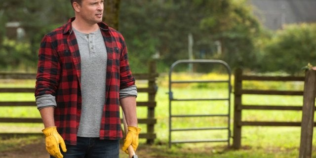 Tom Welling Says He Wouldn't Have Done Crisis Cameo If Asked to Wear the Superman Costume