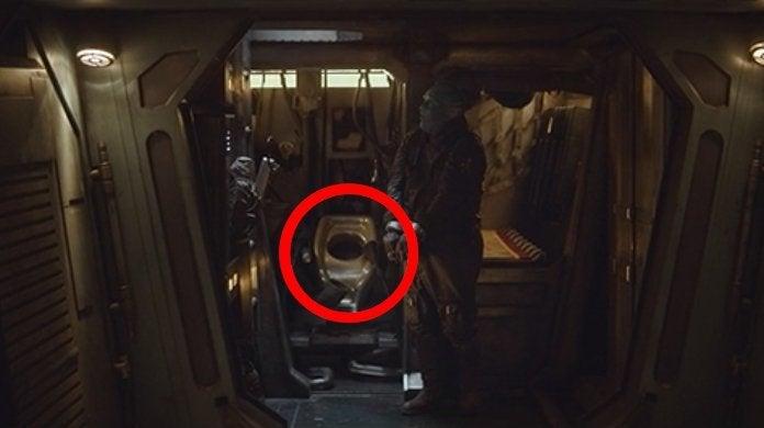 Star Wars The Mandalorian Spaceship Bathroom Vacc-Tube