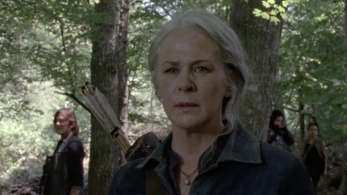 The Walking Dead 1008 Carol chase