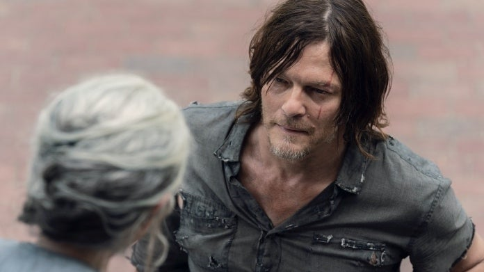 The Walking Dead Daryl Carol 1007 Open Your Eyes