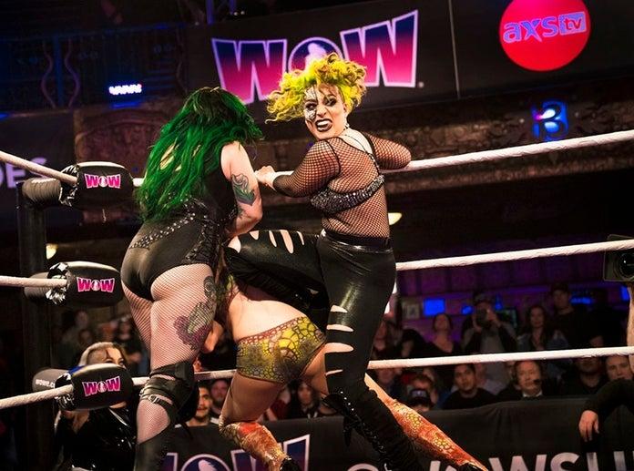 WOW-Women-of-Wrestling-Razor-2