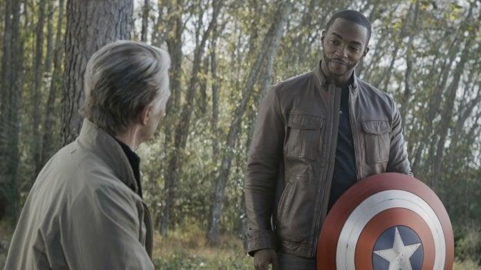 Avengers Endgame Falcon Captain America shield Sam Wilson