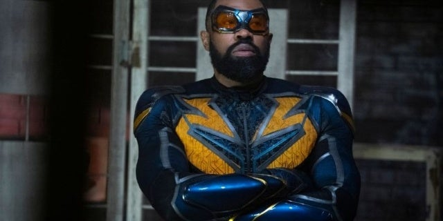 Black Lightning The Book of War Chapter 2 Synopsis