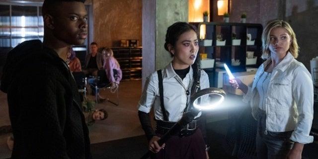 Cloak and Dagger in Marvel's Runaways Season 3