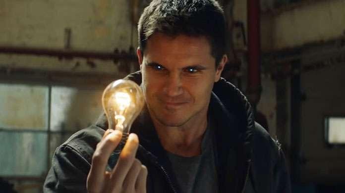 code 8 lightbulb conner