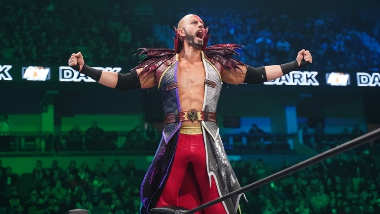 AEW Wrestler's New Ring Gear Inspired by Classic Dungeons & Dragons Monster