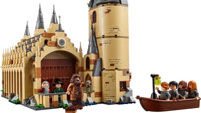 lego-harry-potter-great-hall-top