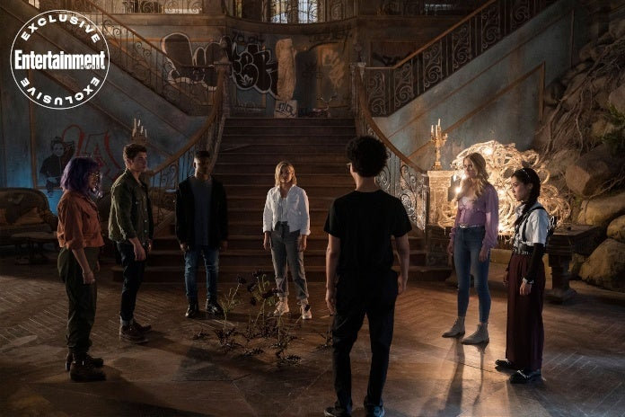 Marvel's Runaways Cloak and Dagger Crossover Episode First Look Photos