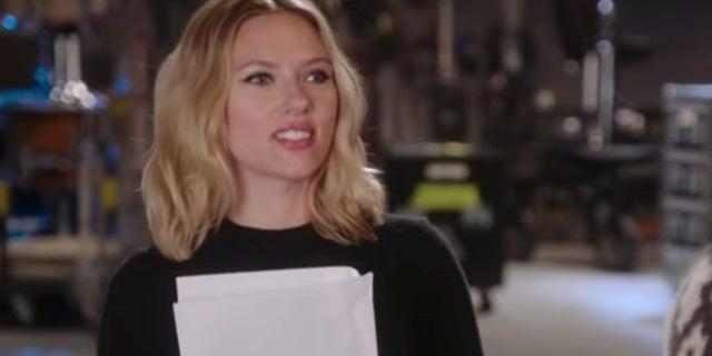 SNL: Scarlett Johansson Gets Inside Beck Bennett's Head With Sweater Criticism