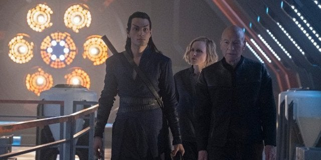 Star Trek: Picard Cast Hopes to Live Up to The Next Generation's Legacy by Connecting Viewers