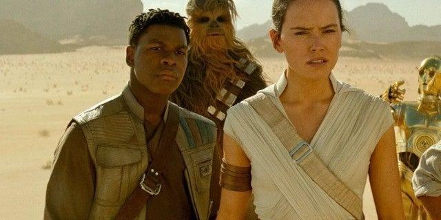 Star Wars: John Boyega Trolls Chewbacca in Hilarious Tweet Exchange