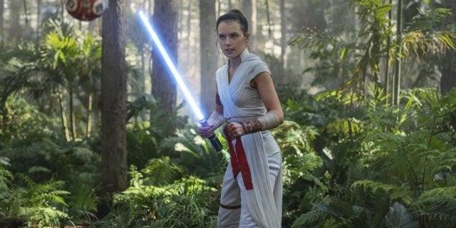 Star Wars: The Rise of Skywalker: Rey's New Lightsaber Explained
