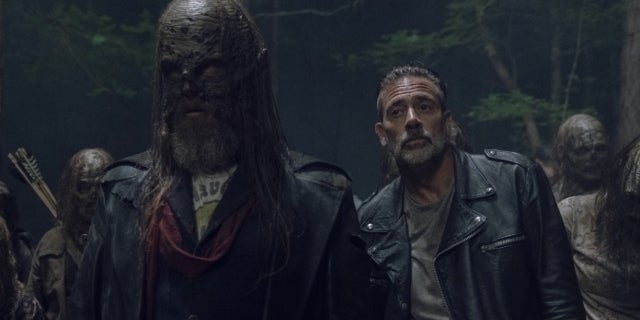 "The Walking Dead's Jeffrey Dean Morgan Admits He Took Things ""A Little Too Far"" When Negan Met Beta"