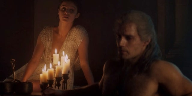 The-Witcher-Yennefer-Geralt-Bath-Tub-Scene-Meme-Anya-Chalotra-Henry-Cavill