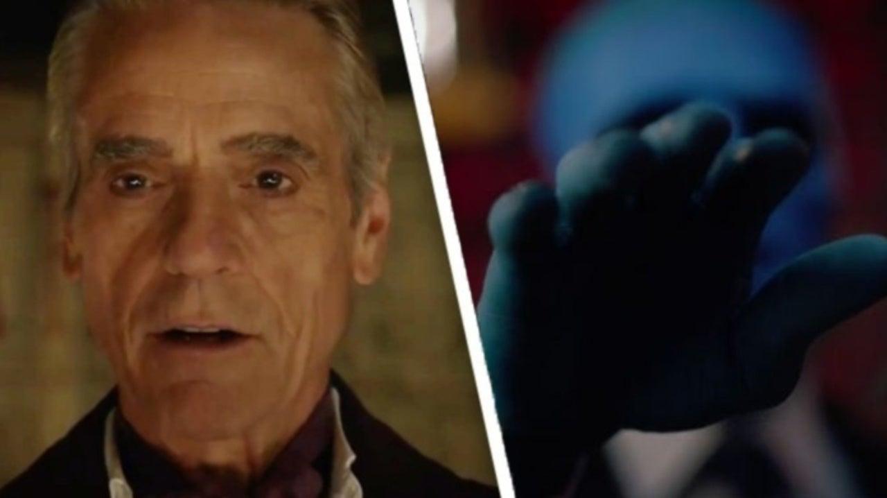 Watchmen Director Breaks Down Doctor Manhattan and Ozymandias' Epic Confrontation