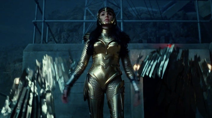 wonder woman 1984 golden eagle armor 1