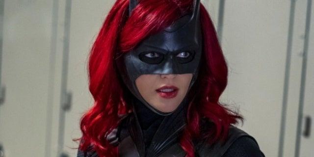 Batwoman: Why Kate's Big Post-Crisis Choice Matters