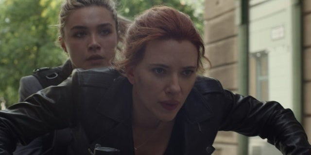 Black-Widow-New-Photo-Sister