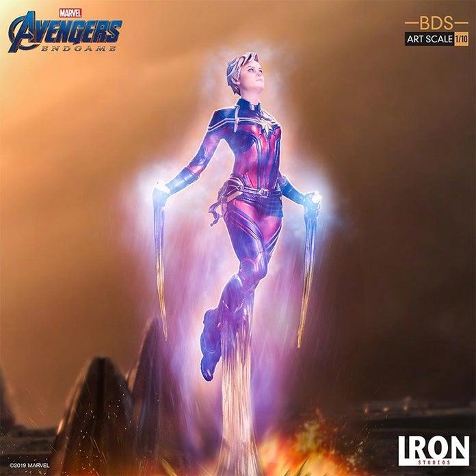Captain-Marvel-Avengers-Endgame-Iron-Studios-Statue-12