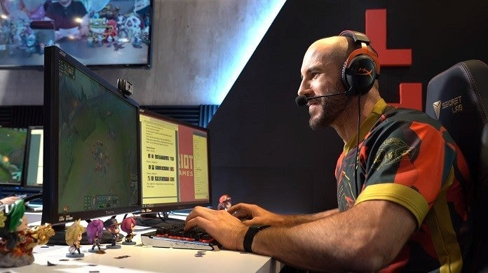 League of Legends Cesaro1