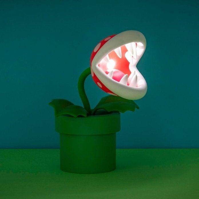 mario-piranha-plant-lamp