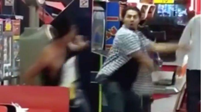 Ric-Flair-Chop-Restaurant-Fight