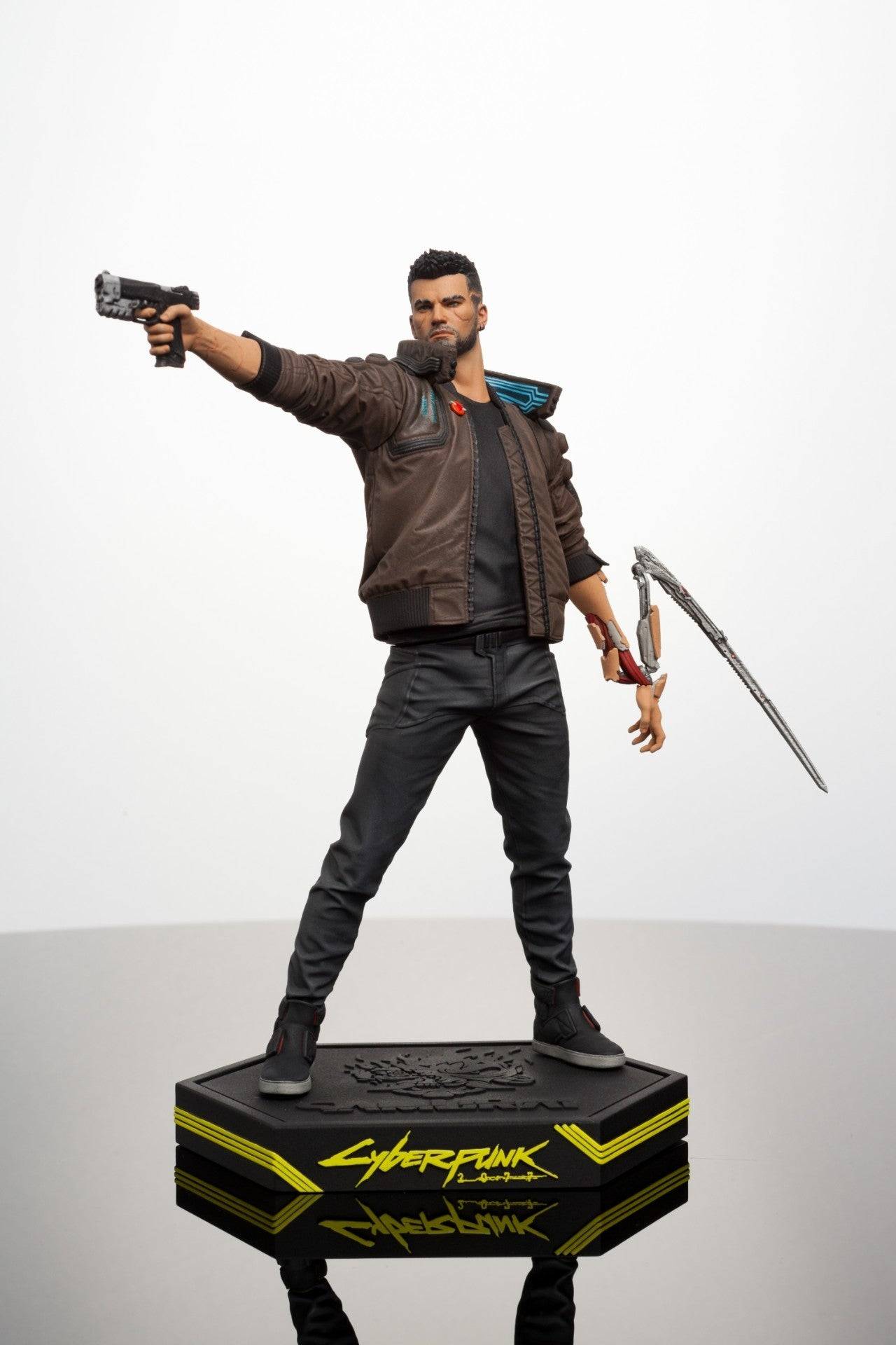 cyberpunk 2077 dark horse male v figure