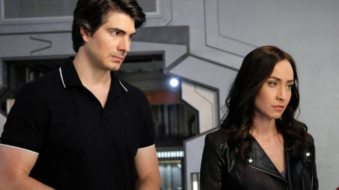 legends of tomorrow brandon routh courtney ford