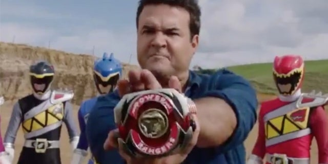 Power-Rangers-Beast-Morphers-Austin-St-John-Crossover-First-Look