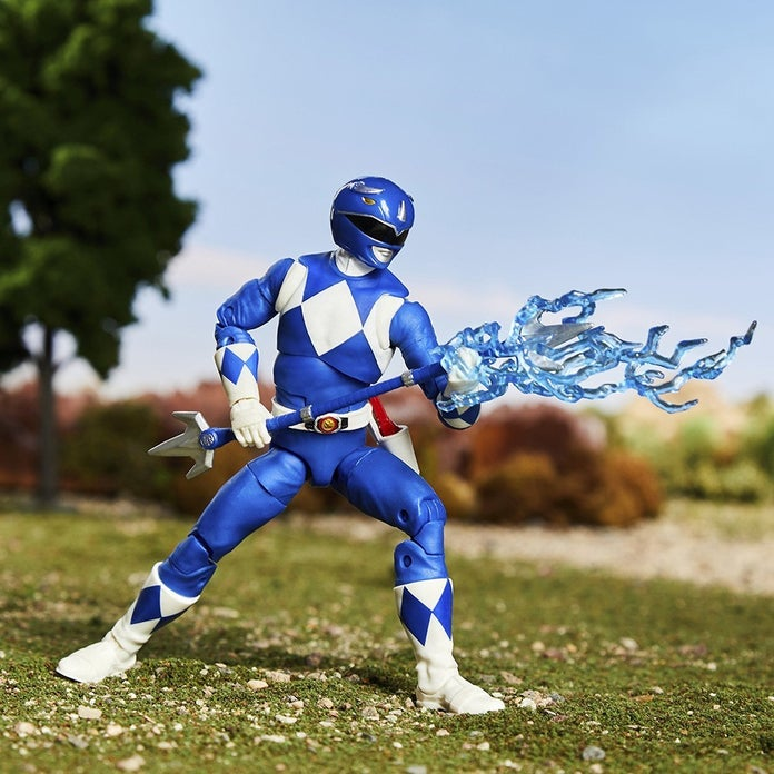 Power-Rangers-Lightning-Collection-Mighty-Morphin-Blue-Toy-Fair-1