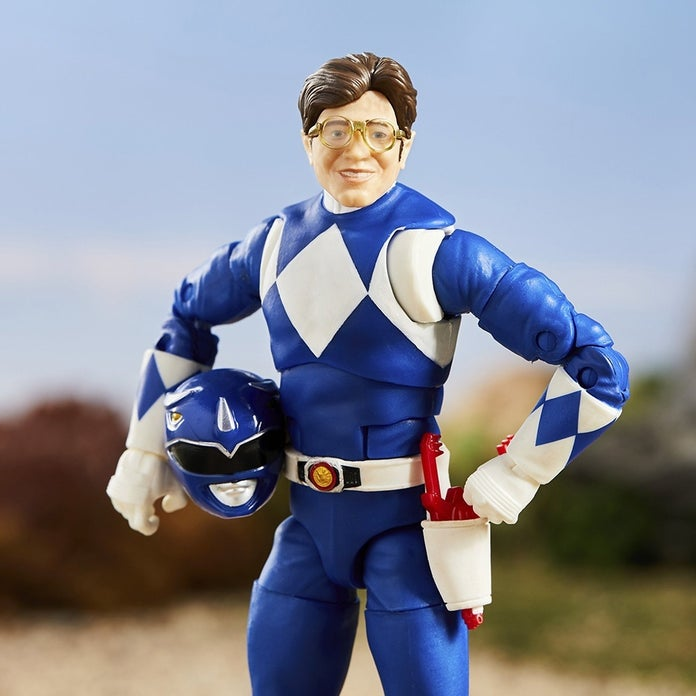 Power-Rangers-Lightning-Collection-Mighty-Morphin-Blue-Toy-Fair-3