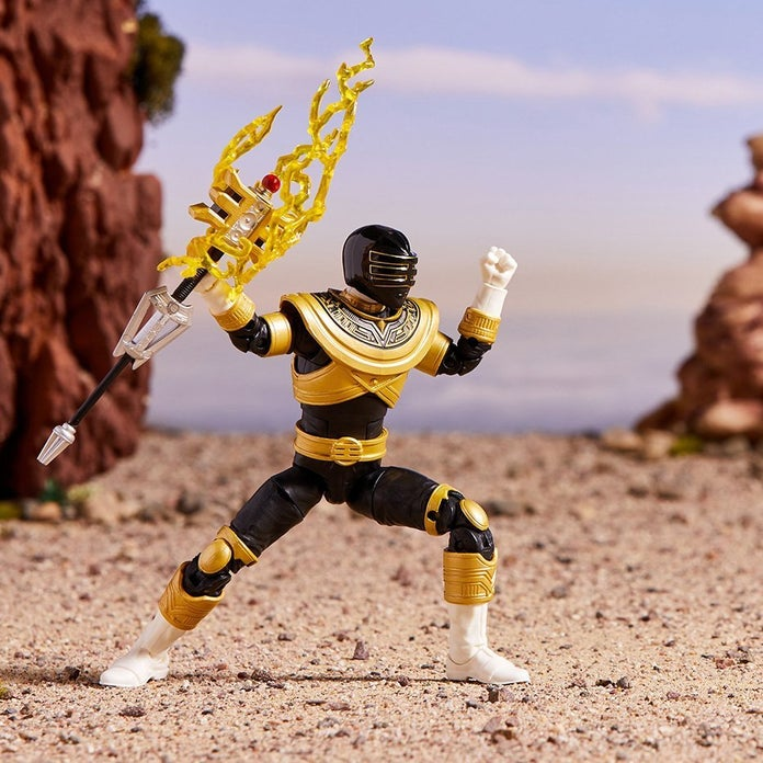 Power-Rangers-Lightning-Collection-Zeo-Gold-Toy-Fair-2