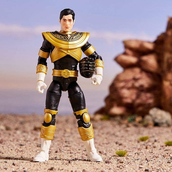 Power-Rangers-Lightning-Collection-Zeo-Gold-Toy-Fair-3