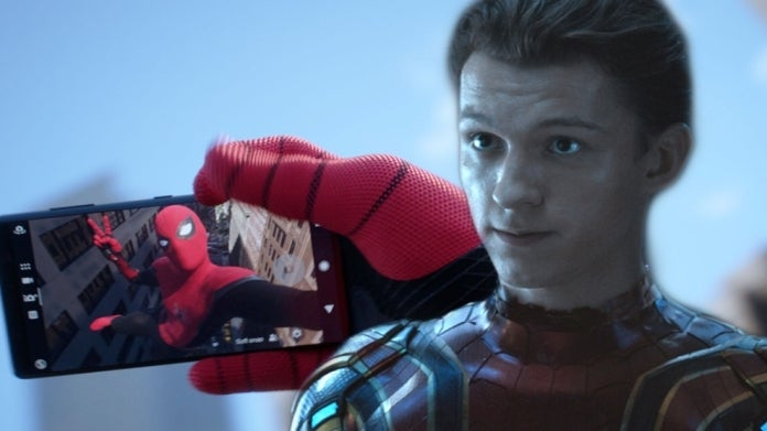 Spider-Man Tom Holland phone