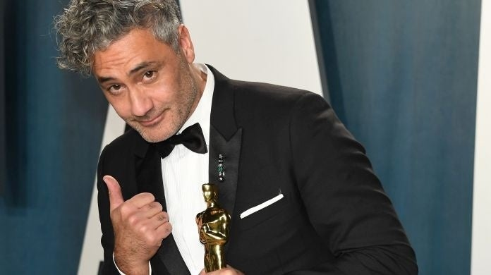 taika waititi oscar keyboard apples
